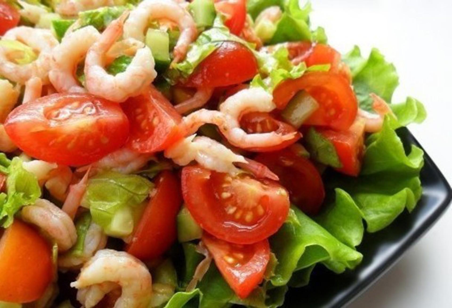 салаты с кириешками и креветками рецепты