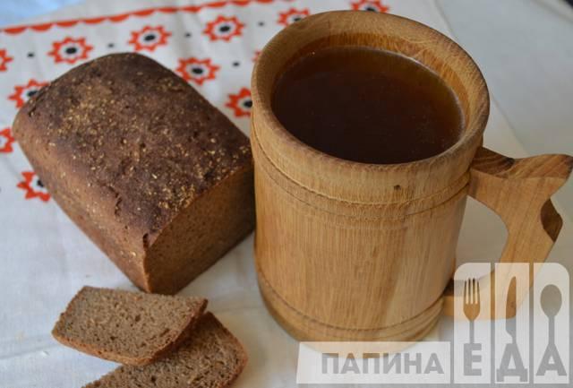 Домашний квас из ржаного хлеба