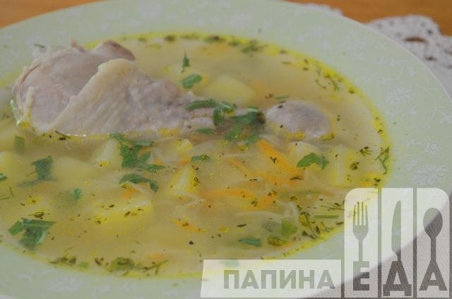 Овощной суп с куриными ножками