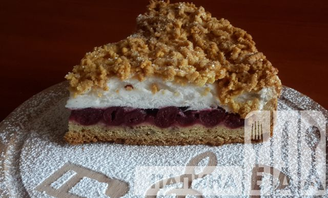 Тертый пирог с вишней (польский пирог)