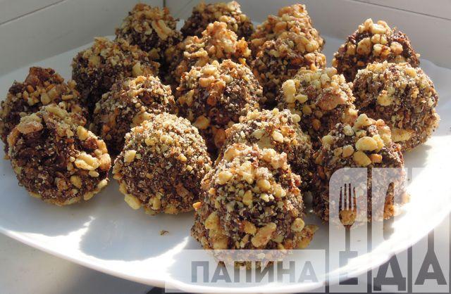 Домашние конфеты из овсяных хлопьев с орехами и какао